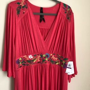 NWT Melissa McCarthy Seven7 Embroidered Maxi 2X